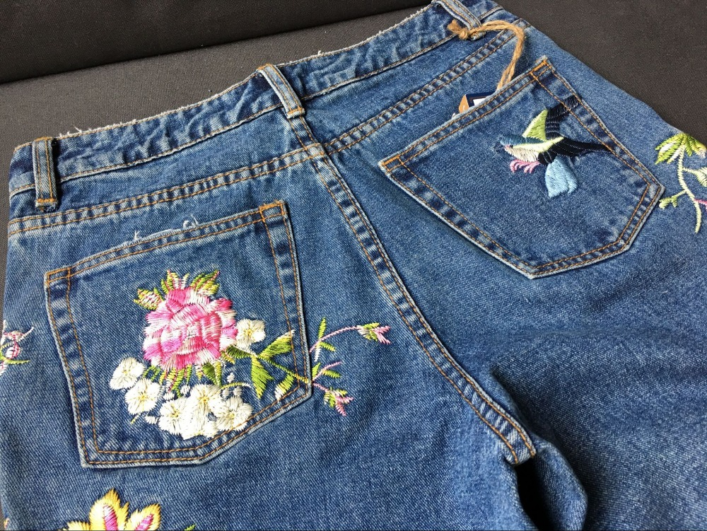 2017 Europe and the United States women's three-dimensional 3D heavy craft bird flowers before and after embroidery high waist Slim straight jeans large code system 46 yards (30)