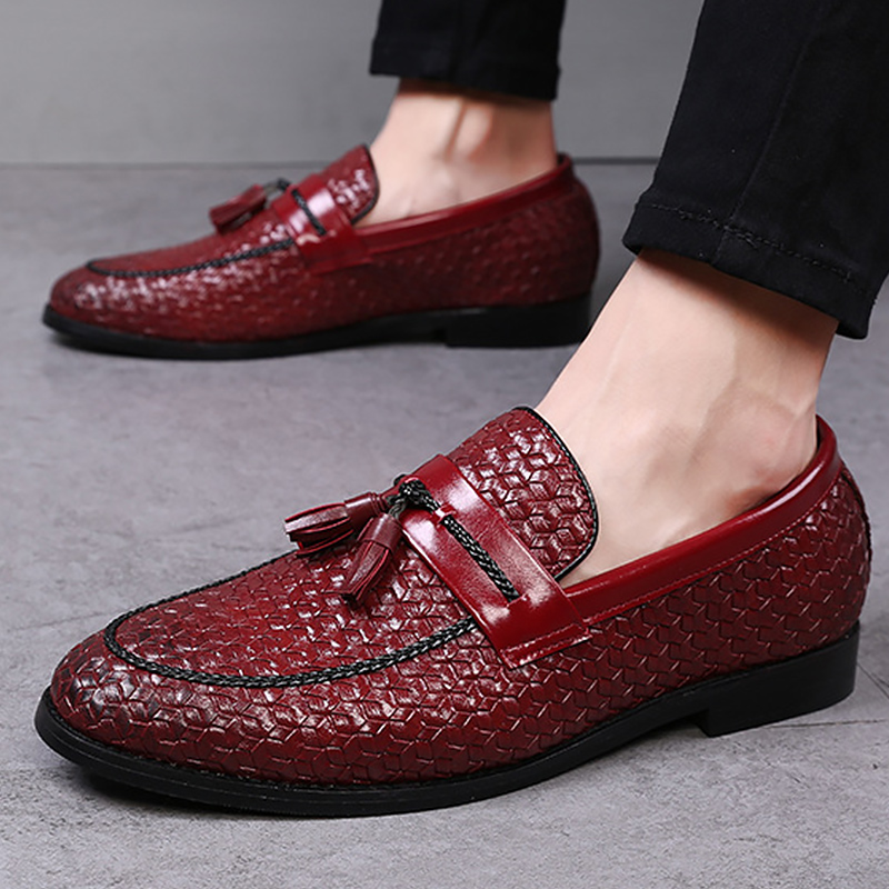 Large size 38 48 tassel plaid men loafers weaving comfortable soft mens leather shoes 2019 fashion sapato masculino in Men 39 s Casual Shoes from Shoes