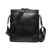 Luxury Brand Men Bag Solid Pattern Leather Messenger Bag Retro Designer Handbag Small Business Briefcase Crossbody