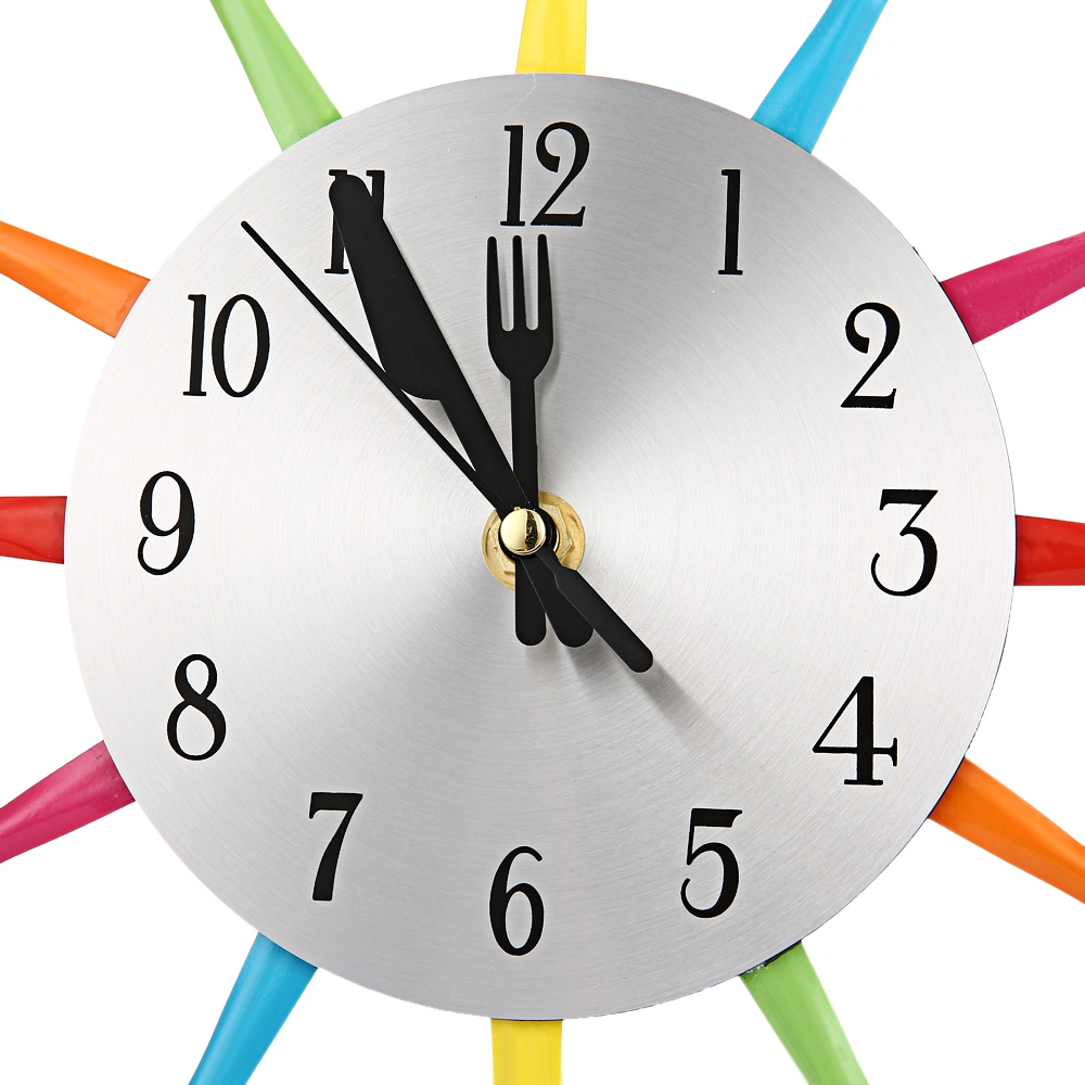 Grosse horloge murale design great horloge blanche dia for Horloge murale style industriel