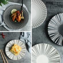 Черный и белый простой десерт глазури под в западном стиле плоской сковороде оригинальный творческий лицевой панели