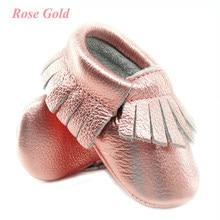 abe321a304 Brillo Rosa cuero genuino bebé mocasines suave rosa oro bebé niña Zapatos  primeros caminantes infantil flecos zapatos 0-30 mes 1.