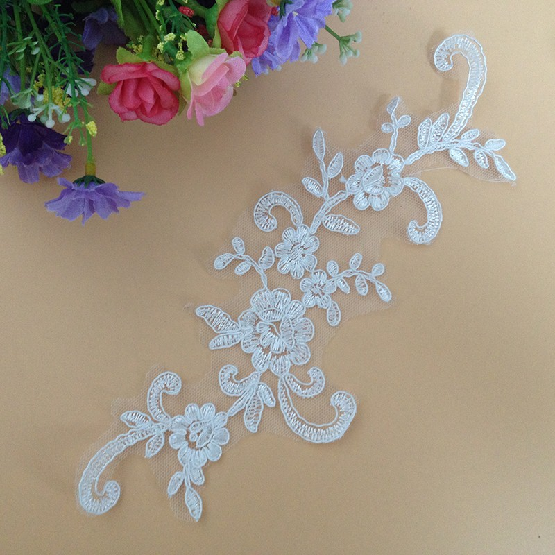 100Pcs Chemical Lace Fabric DIY Craft Boutique Embroidered Trim Wedding Lace Applique Sewing Decoration Lace Accessories in Lace from Home Garden