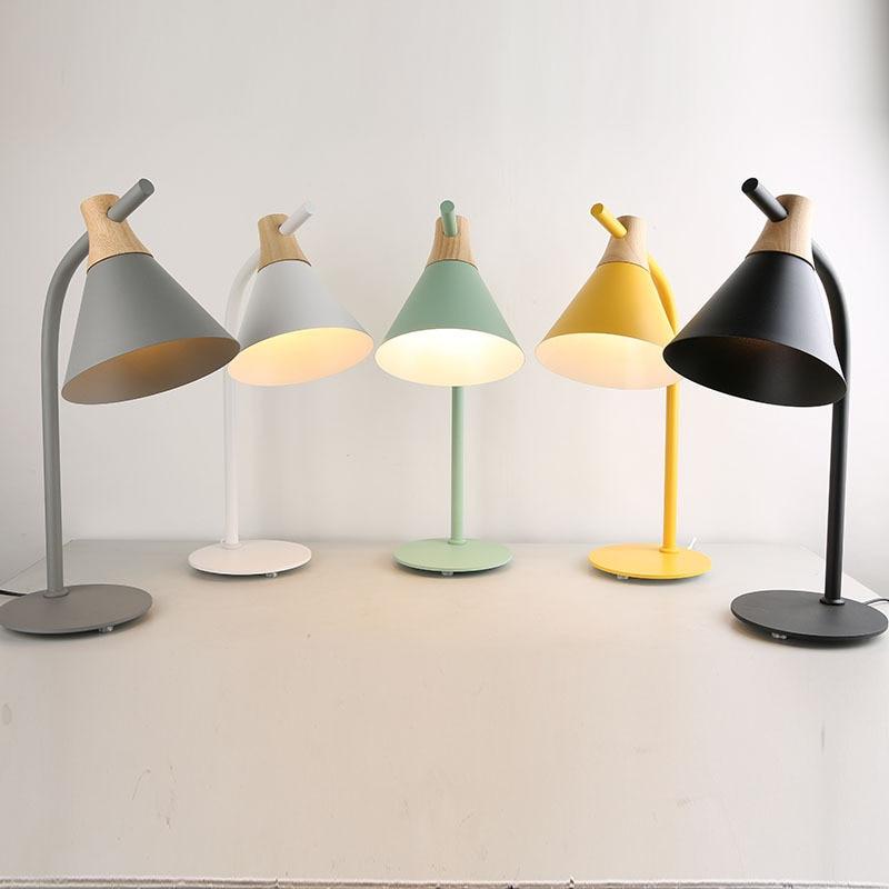 Современная Европейская настольная лампа из железного дерева простая кантри настольная лампа LED E27 с 4 вида цветов для учебы, спальни, гостиной, книжного магазина, кафе