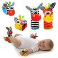 Toys 0-12 meses de bebé de dibujos animados suave animal sonajeros niños bebé Recién Nacido Calcetín Bebé de Juguete de Felpa Muñeca Correa Del Pie Del Bebé calcetines