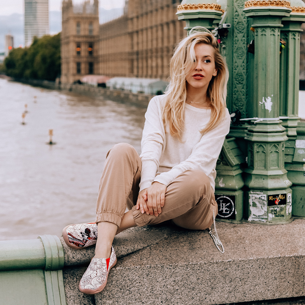 UIN Schwarz Perle Design Gemalt Casual Wohnungen Frauen Runde Kappe Slip on Loafers Atmungsaktive Outdoor Wanderschuhe Damen-in Flache Damenschuhe aus Schuhe bei  Gruppe 2