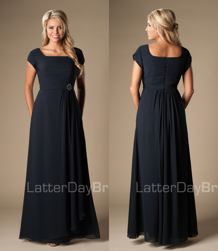 Dark Navy Blue Long Modest   Bridesmaid     Dresses   With Cap Sleeves Floor Length A-line Chiffon Beach Wedding Party   Dresses   Gowns