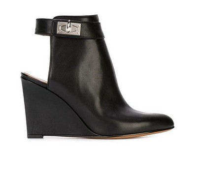 Top Quality Black Leather Short Ankle Boots Silver Metal Lock Gladiator Motorcycle Boots Exposed Heel Ridding Booties Wedge Heel