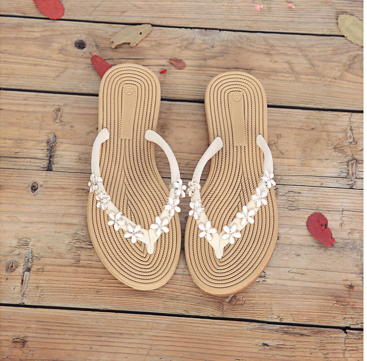 2017 Summer Fashion Small Flower Flats Sandals Female Cool Slippers Beach Shoes Women's feet slippers flip flops shoes 35-40 fashion summer shoes women flip flops female beach slippers water resistant high heeled slippers hand made flower sandle