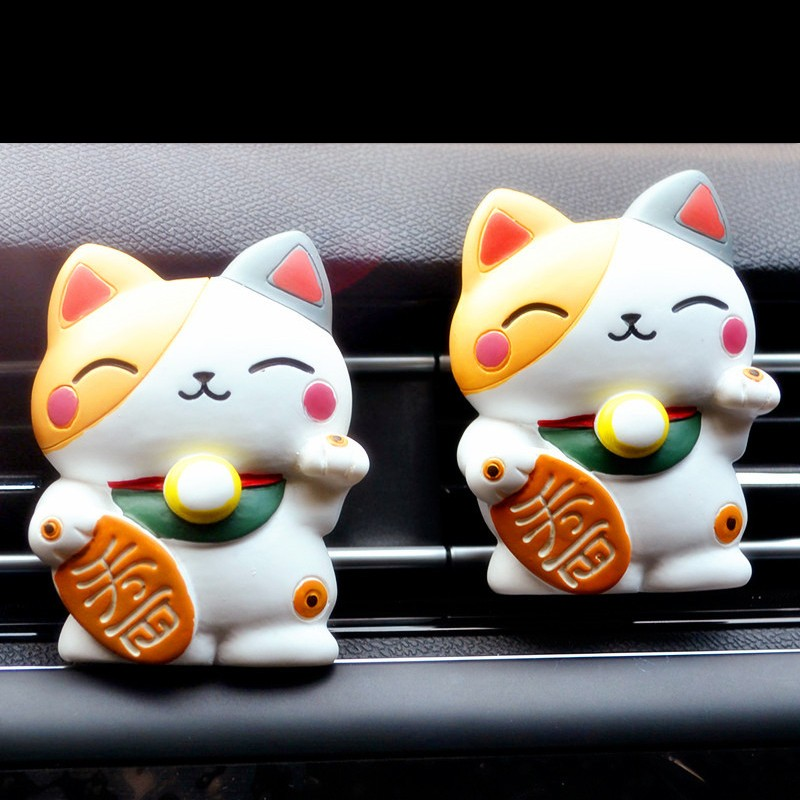 Car Ornament Lovely Lucky Cat Car Outlet Perfume Clip 4*7cm little Car Decoration Balm Car Air Freshener 1pcs car ornament lovely lucky cat car outlet perfume clip 4 7cm little car decoration balm car air freshener 1pcs