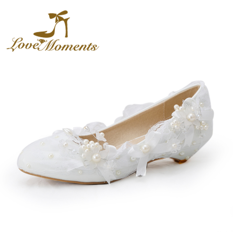 цена на Love Moments Sweet low heel Wedding Bridalshoes Lace flowers Bow  White pearl beading Wedding Party Dress shoes big size 34-44