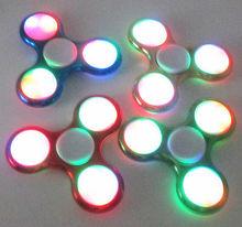 LED ABSอยู่ไม่สุขปั่นมือนิ้วโฟกัสEDCได้อย่างรวดเร็วแบริ่งความเครียดของขวัญของเล่น