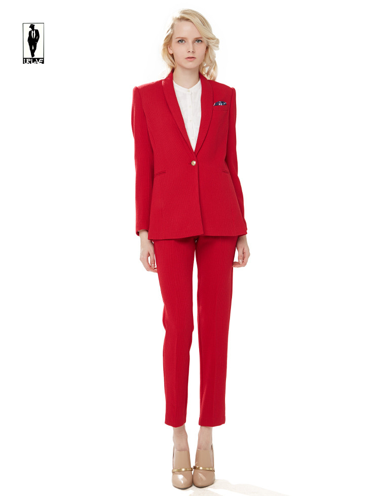 Women's Express Design Studio Dress pants Size 6 Editor style Button, 2 clasps, and a zipper Pink / red with stripes 2 front pockets and 2 back pockets Inseam = inches Let me know if you have any.