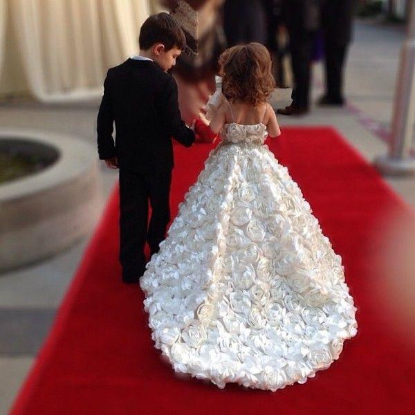 Ručně vyráběné květiny Květinové šaty Šperky Spaghetti Bez - Šaty pro svatební hostiny - Fotografie 1