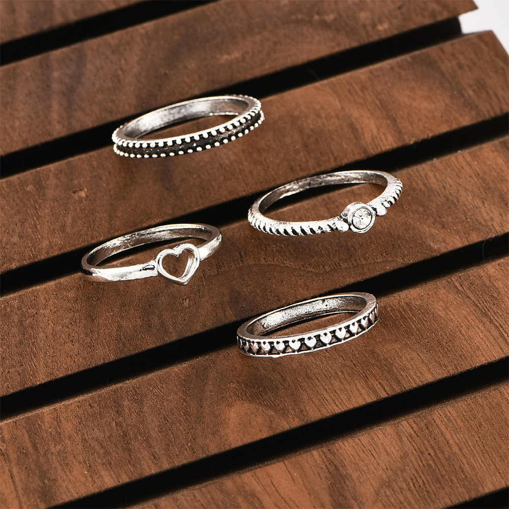 New Ring Fashion Ancient Silver Heart Peach Heart Women's Ring Combination Simple Generous Selling Jewelry Wholesale