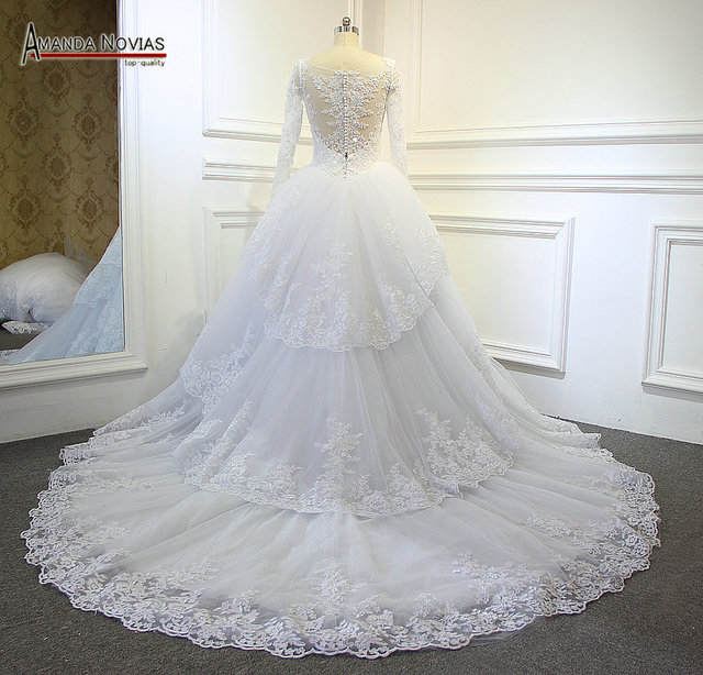 Amazing Lace Customer Made Corset Unique Back Wedding Dress With Removable Train 2017