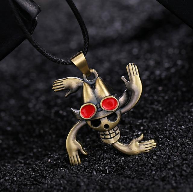 One Piece Nico Robin Pirates Skull Bronze Pendant Necklace
