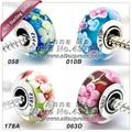 Quatro diferentes flor S925 Prata Esterlina Contas de Vidro Murano Encantos Europeus Fit Mulher jóias Pulseiras & Colares Pingente