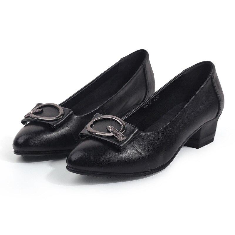 แฟชั่นผู้หญิงคุณภาพสูงหนังนุ่มสแควร์รองเท้าส้นสูงปั๊มรองเท้า 4.5 cm รองเท้าส้นสูงรองเท้าแฟชั่นผู้หญิง-ใน รองเท้าส้นสูงสตรี จาก รองเท้า บน   1