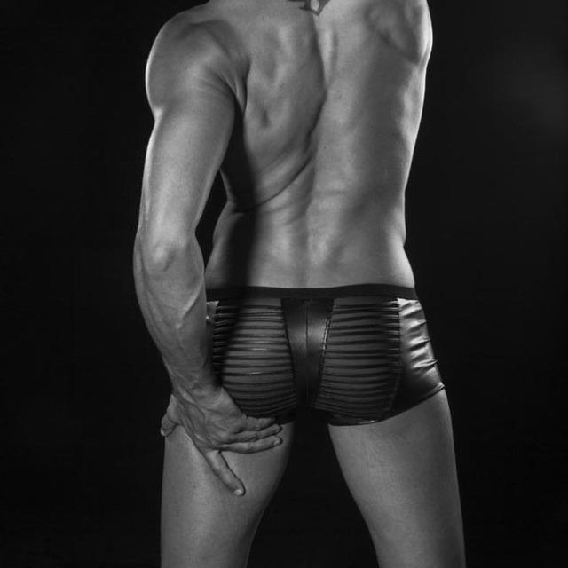 Hombres gay underwear imitación de cuero sección boxeador boxeadores de malla transpirable transparente la explosión u convexa hombres boxer pants
