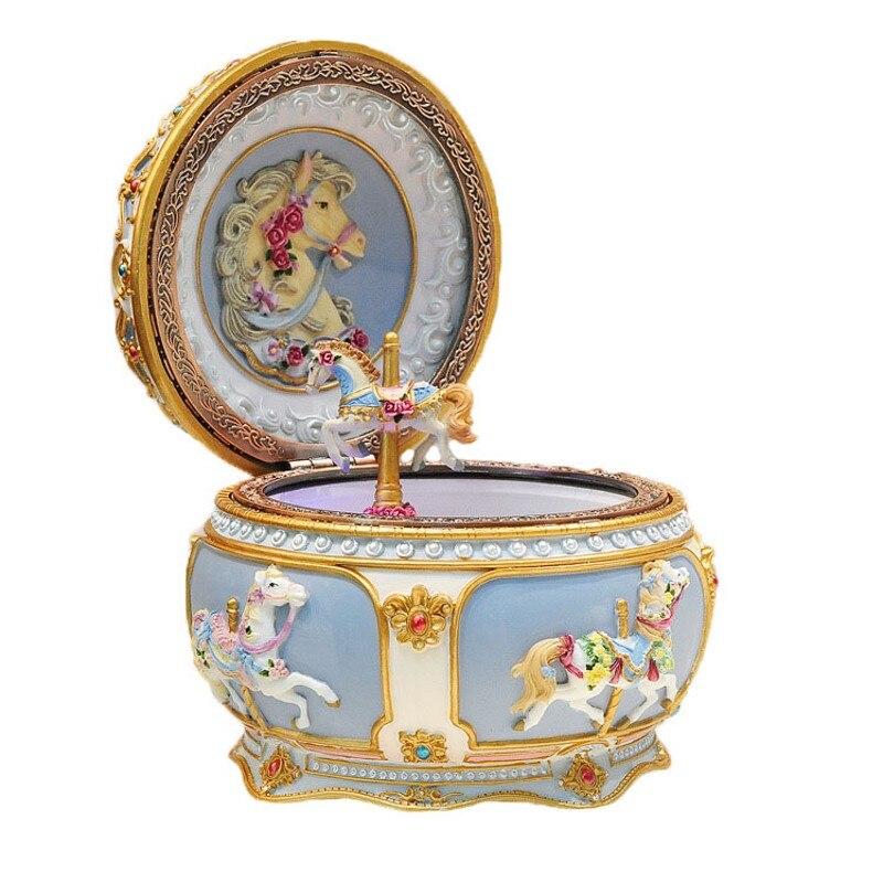 Boîte à musique lumineuse manège joyeux anniversaire château dans le ciel cadeau de mariage noël carrousel cheval boîte à musique décor à la maison