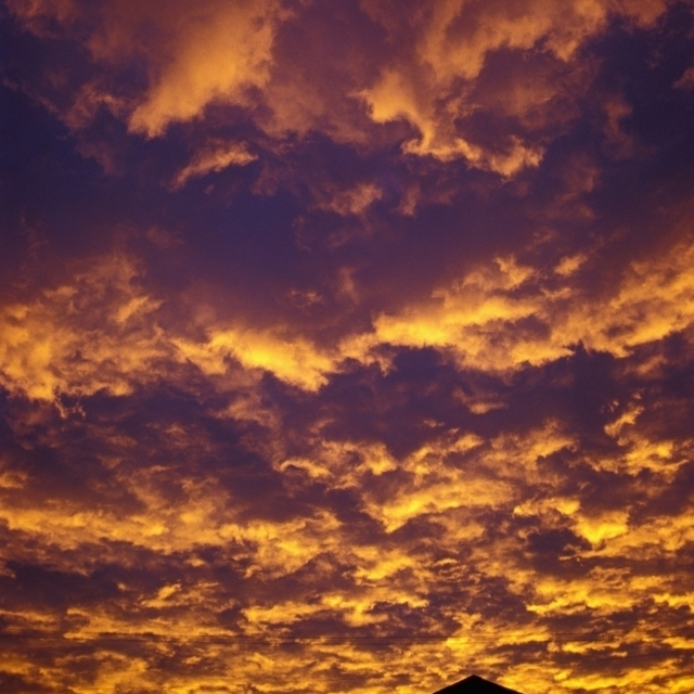 Scenic Cloudscape At Dawn Poster Print (26 x 36)