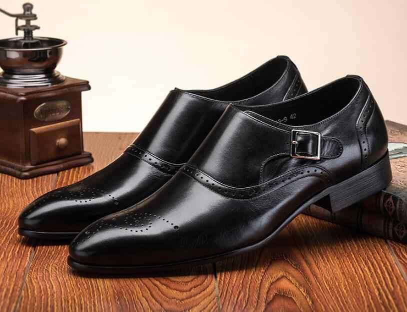 Мужские модельные туфли; винтажные Туфли-оксфорды с перфорацией типа «броги»; модные туфли из натуральной кожи с двойной пряжкой; свадебные туфли на ремешке