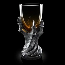Cross-border 3D dragon claw resin glass goblet European and American personality skull spirits whisky beer mug cup