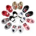 Nuevo Estilo Infantil Del Niño Del Bebé Niños Primeros Caminante Zapatos Lindos niña Niño Mocasines de Cuero de LA PU Soft Moccs Zapatos del Pesebre Bebe calzado