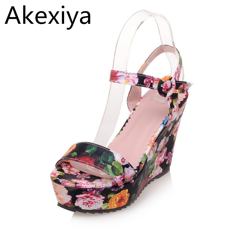 Akexiya 2017 Suede Gladiator Sandals Platform Wedges Summer Creepers Casual Buckle Shoes Woman Sexy Fashion High Heels chnhira 2017 suede gladiator sandals platform wedges summer creepers casual buckle shoes woman sexy fashion high heels ch406