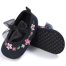 1 Pair Toddler Girl Shoes Bowknot Newborn First Walkers Baby Girl Lace Shoes Soft Sole Anti-Slip Prewalker