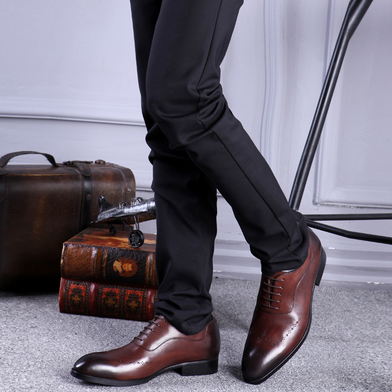 Dedo Oxfords Partido Esculpida Genuíno marrom Masculino Homens Mão Pontas Pé Calçado Sapatos De Casamento Luxo Nupcial Homem À Respiráveis Do Couro Dos Js12 Feitas Preto xfqZnzSPwX