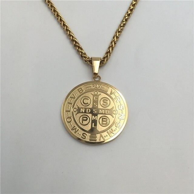 ec3c3aef2f3 Exorcismo san Benito Medalla Colgante de Oro de color de Acero Inoxidable  de la Joyería Clásica