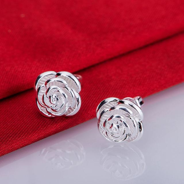Silver plated classic earrings