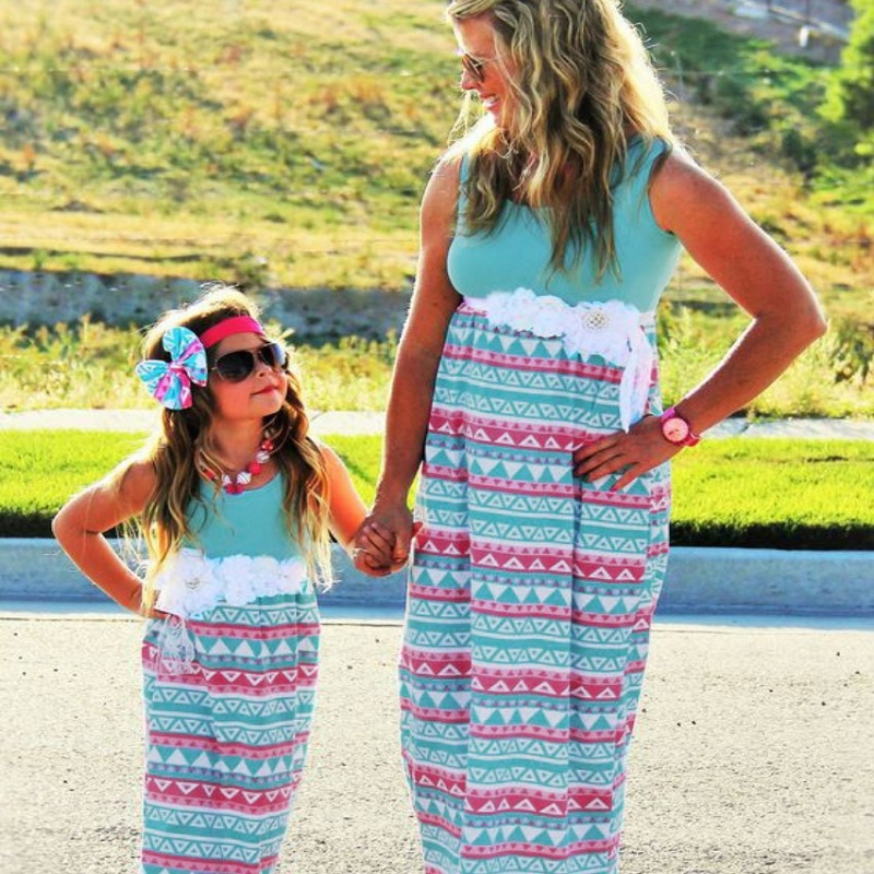 Mother Kids Mom and Daughter Dress Mommy and Me Clothes Girl Pajamas Evening Striped Mother Daughter Dresses Family Clothes