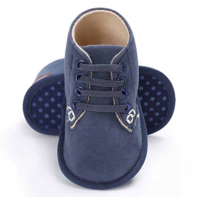 scarpe di separazione d4d87 4f673 US $4.45 10% di SCONTO|Pattini di bambino Ragazzo Ragazza Presepe Scarpe  Neonato Casual Inferiori Molli Scarpe Per Bambini Stivali Bambini Bottini  Del ...