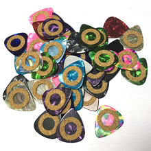 100pcs/lot Celluloid Guitar Picks 0.71mm Medium Mixed Colors w/ Cushion Ring