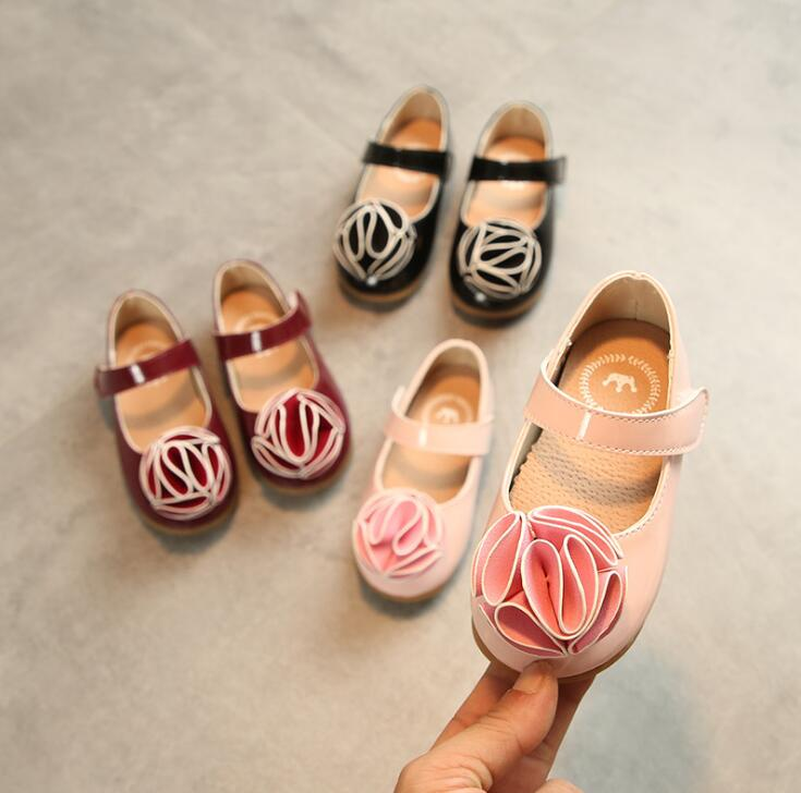 2018 spring and autumn new flowers girls leather shoes Hook & Loop children slip non-slip soft fashion Princess single shoes