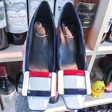 f269b14dee9b8 2018 ساخن ماركة امرأة مضخات ميد كعب ساحة تو أحذية امرأة مختلط لون الأزياء  كول أحذية أنيقة سيدة حزب اللباس الزفاف الخنجر