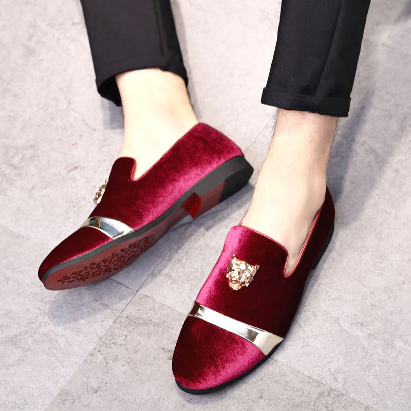 Image 4 - Men Casual Shoes Velvet Men Loafers Luxury Brand Tiger Metal Breathable Wedding Party Shoes Red Bottom Italian Loafers Men Shoes-in Men's Casual Shoes from Shoes