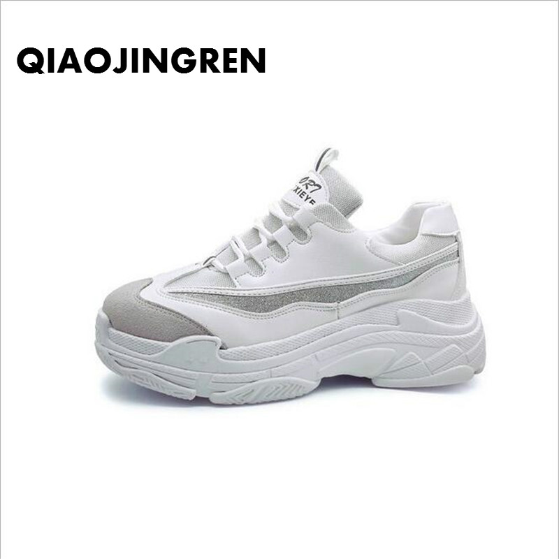 все цены на Size35-43 2018 New Spring Women Shoes For Woman Casual Shoes Wild Platform Heels Female Leisure Black White Letters Sneakers