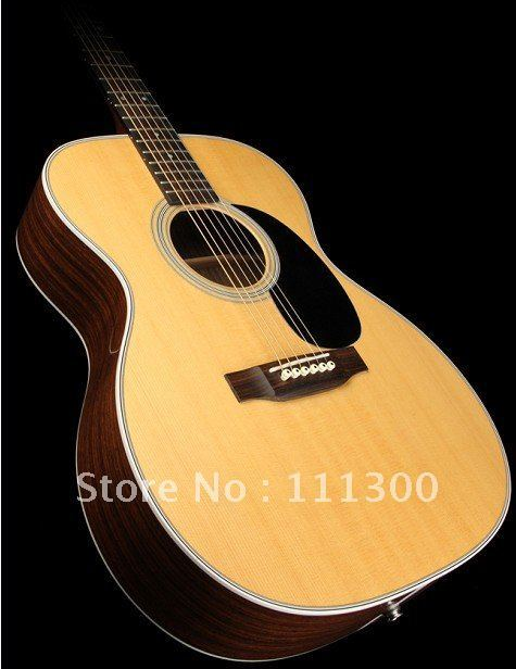 best guitar 000-28 Acoustic Guitar with Fishman Electronics Natural