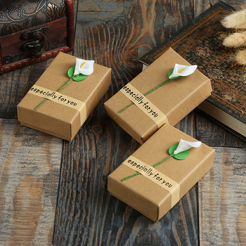 20 Pcs/Lot Kraft Paper Gift Boxes With White Flower Jewelry Ring Necklace Pendant Persentation Box Cases Display Packaging 10pcs brown kraft paper box gift packing box gift boxes for jewelry wedding necklace jewelry packaging display storage boxes