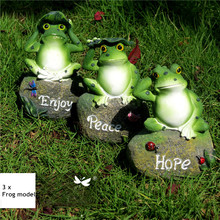 3pcs Lovely Resin Frog Sitting on Stone Statue Figurine Model Outdoor Decorative Home frog Crafts Garden Decor Ornament