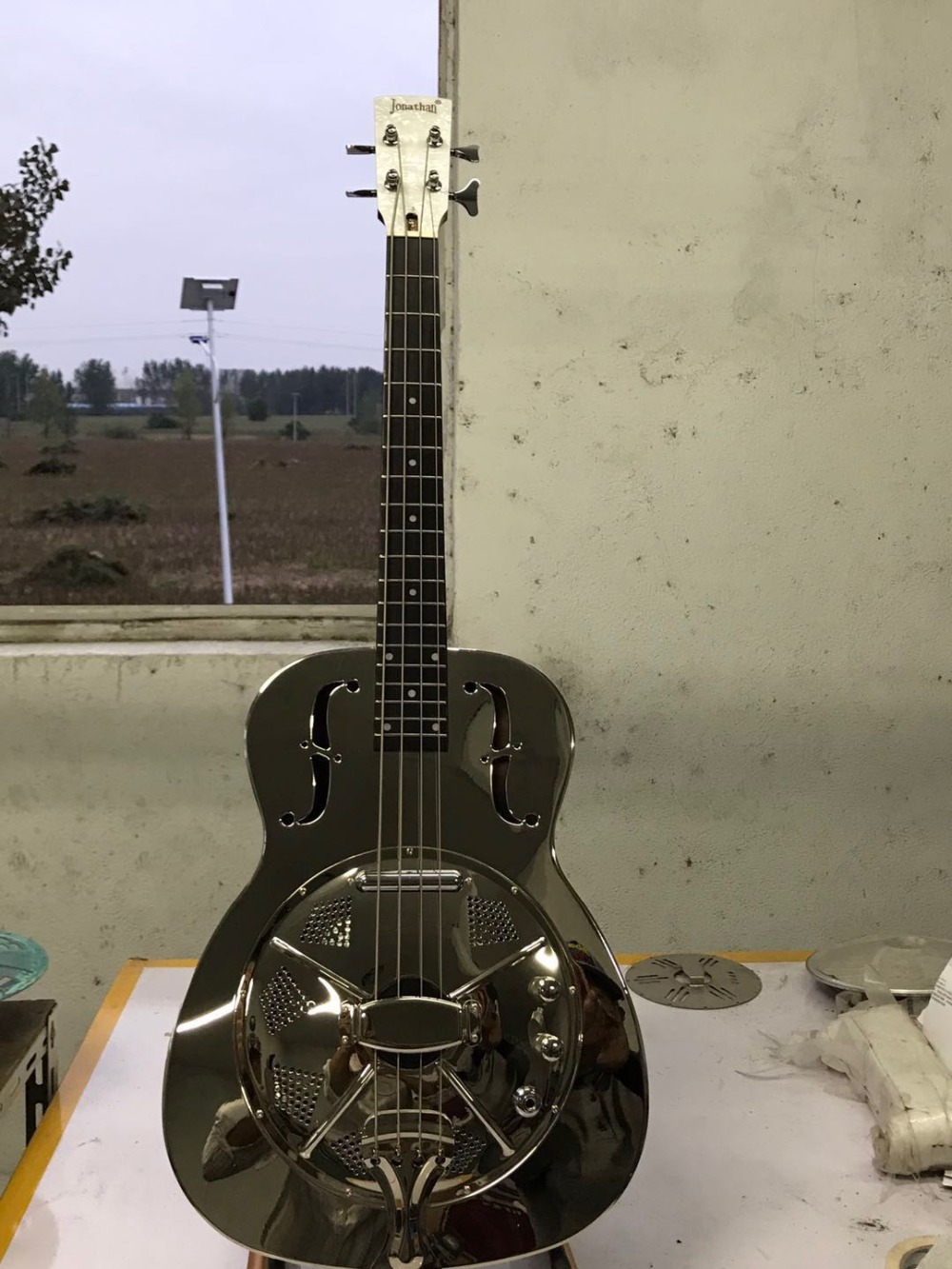 jonathan resonator bass guitar resophonic bass guitars metal body duolian guitar in guitar. Black Bedroom Furniture Sets. Home Design Ideas