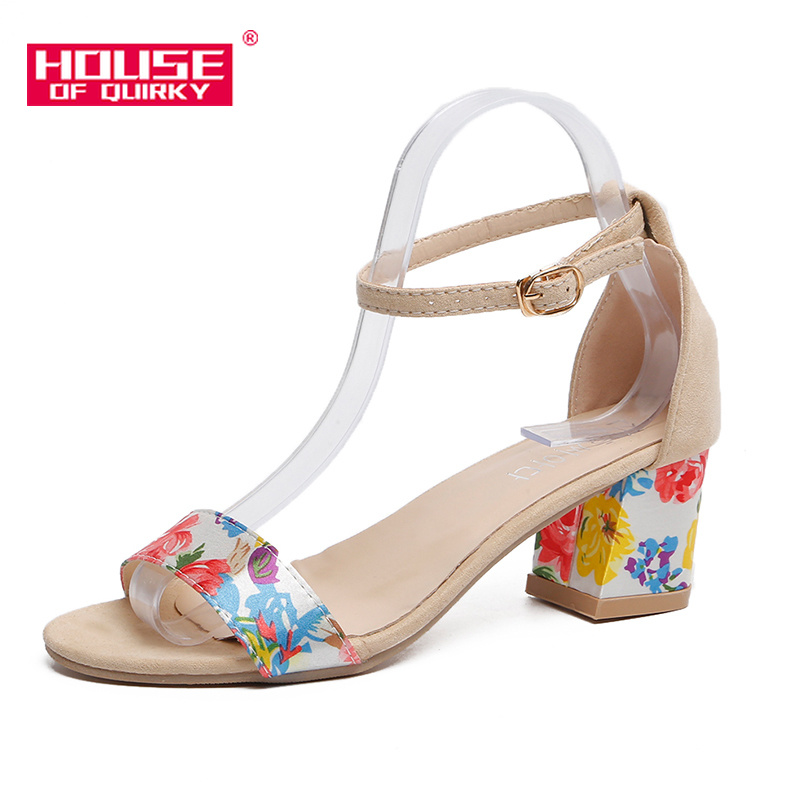 Summer Sweet Printing Women Sandals 2019 New Open Toe Buckle Square Heel Women Shoes Sexy Prom Party Shoes Outdoor Leisure ShoesSummer Sweet Printing Women Sandals 2019 New Open Toe Buckle Square Heel Women Shoes Sexy Prom Party Shoes Outdoor Leisure Shoes