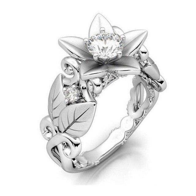 LNRRABC Rose Flowers Finger Rings Stainless Steel Rings For Women Crystal Middle