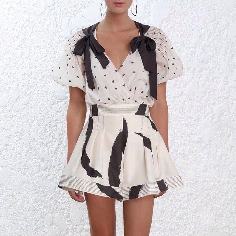 Nouveau élégant délicat coeur v-cou bowknot broderie soie coton manteau + lin noir et blanc shorts de taille grande corne