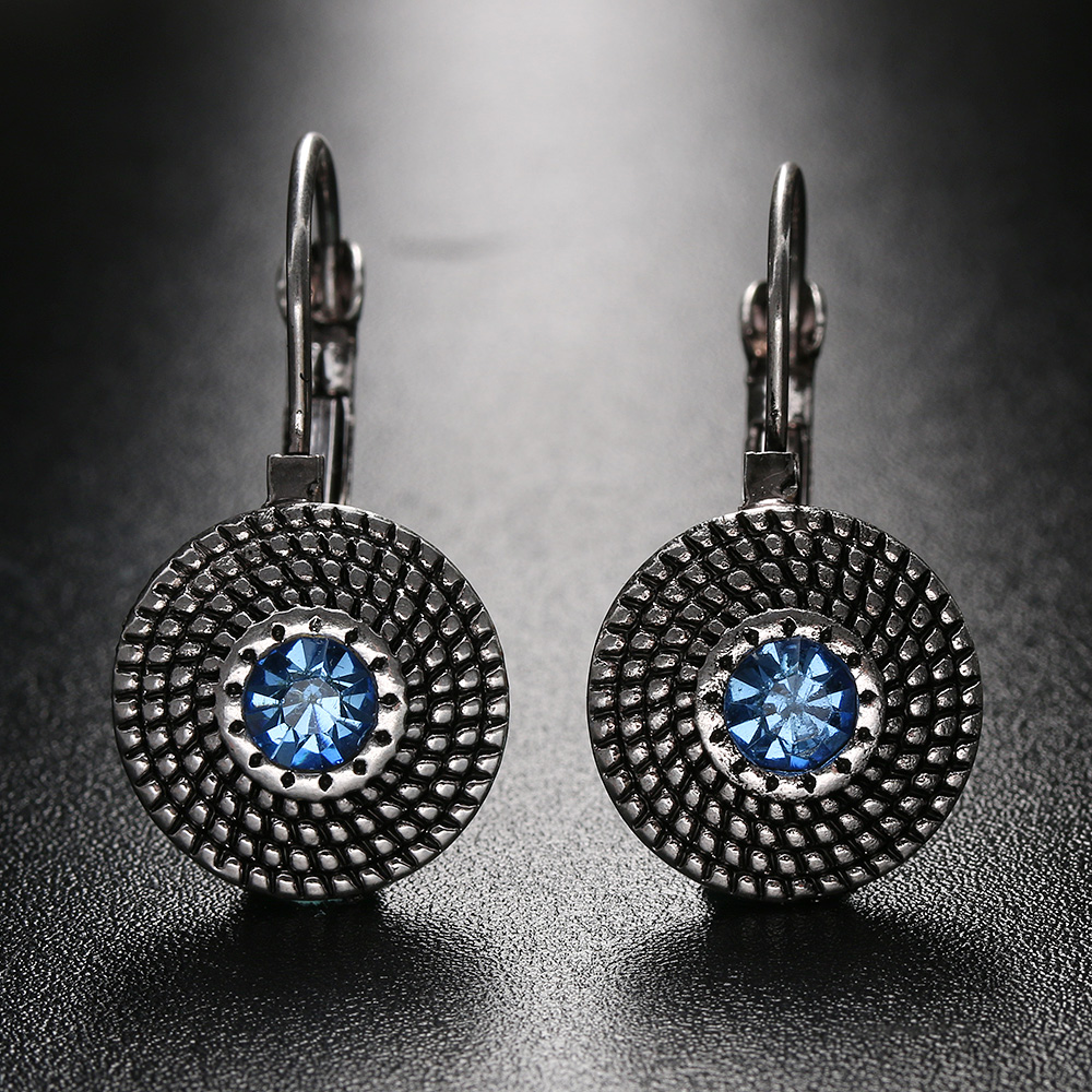 1pair 2017 New Vintage Round Designs Blue Rhinestones Earrings For Women  Jewelry Gift Party(china