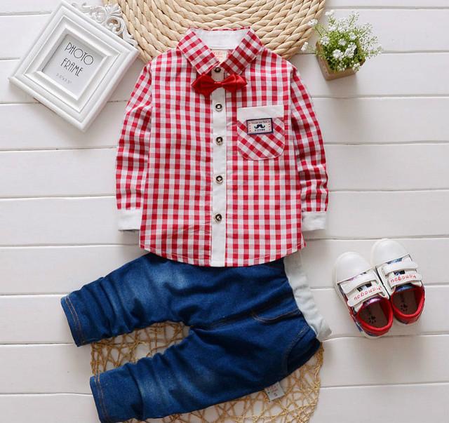 2 UNIDS establecido bebé de La Manera camisas de los mamelucos + pantalones vaqueros ropa de los muchachos sistema de la ropa bebe ropa de caballero Rojo/claro u Oscuro azul